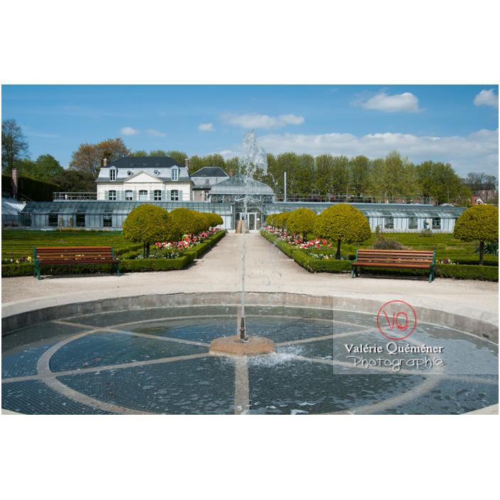 Fontaine au jardin des plantes d'Amiens / Somme / Hauts-de-France - Réf : VQFR80-0010 (Q2)