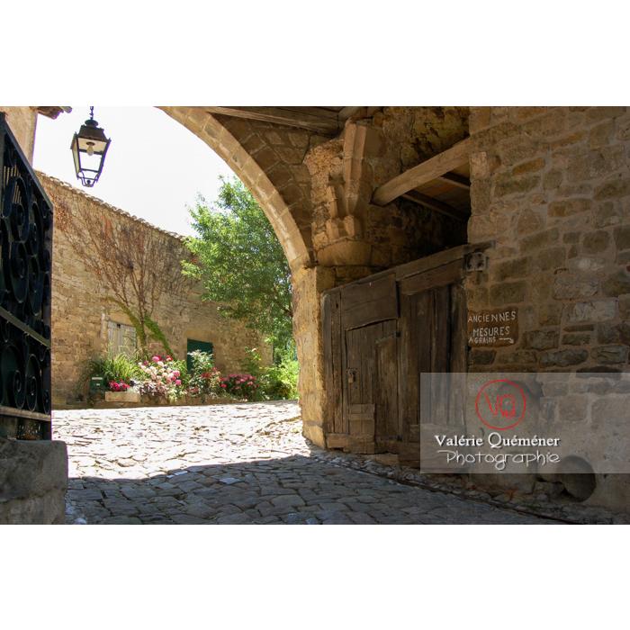 Village de Penne et son château / Tarn / Occitanie - Réf : VQFR81-0203 (Q1)