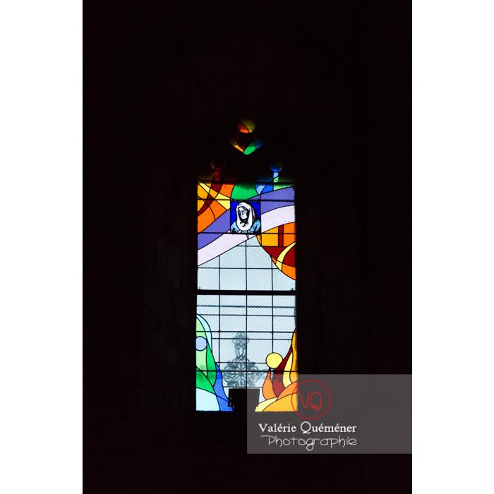 Vitrail de l'église de Penne / Tarn / Occitanie - Réf : VQFR81-0380 (Q3)
