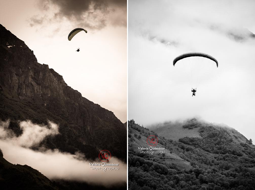 © Valérie Quéméner I Parapente dans la brume - Réf : para-0169 & 0264