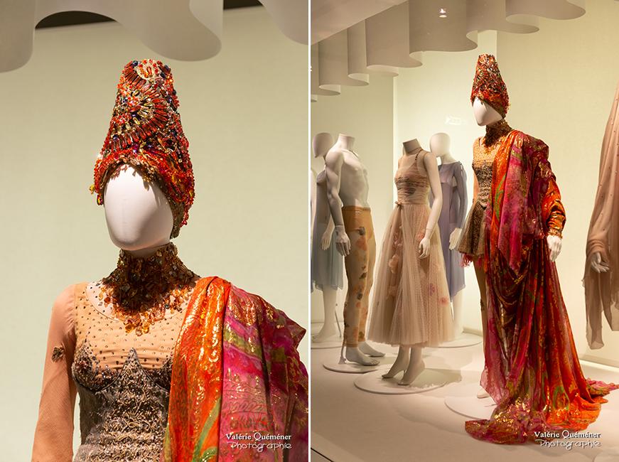 Costumes oriental de Christian Lacroix, CNCS à Moulins | © Valérie Quéméner - Réf : VQFR03-0356-0355