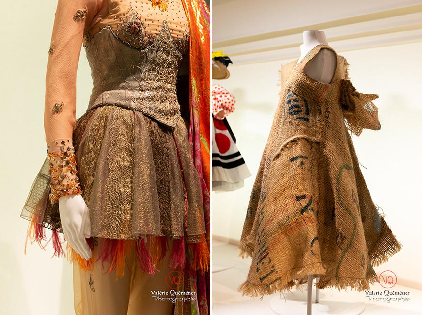 Costume oriental de Christian Lacroix et costume pour Daniel Larrieu, au CNCS à Moulins | © Valérie Quéméner - Réf : VQFR03-0358-0362