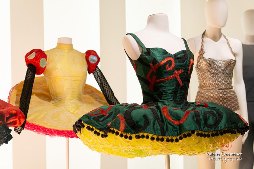 Costumes Christian Lacroix pour Karole Armitage, CNCS à Moulins | © Valérie Quéméner - Réf : VQFR03-0404