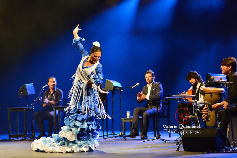 La Lupi et l'orchestre de Miguel Poveda - Festival ibérique 2014 à Colomiers (Haute-Garonne) | © Valérie Quéméner