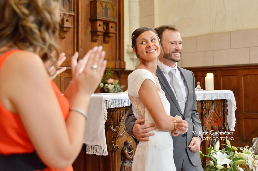 Mariage à l'église de Peyre en Aveyron . Photo © Valérie Quéméner