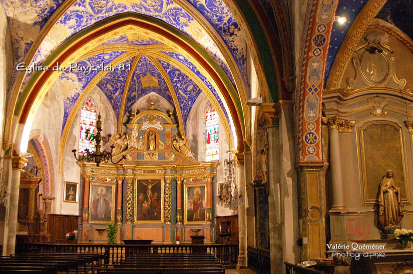 Intérieur de l'église de Puycelsi . Photo © Valérie Quéméner